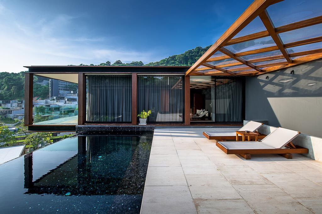 เดอะ นาคา ภูเก็ต The Naka Phuket
