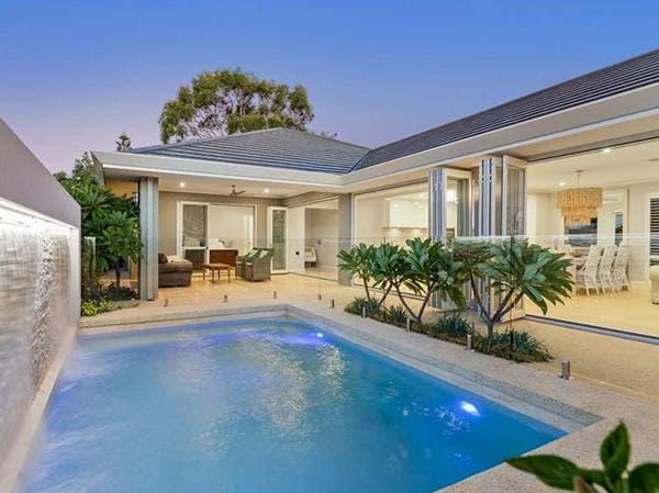 บ้านพร้อมสระว่ายน้ำ สวยและดูดี